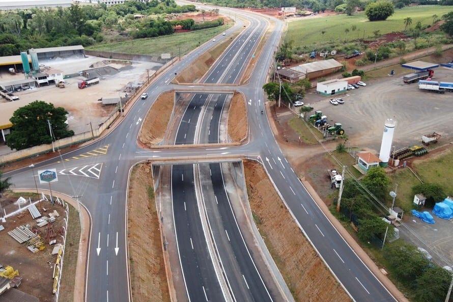 Obras de duplicação da PR-445 em Londrina - Foto: AEN