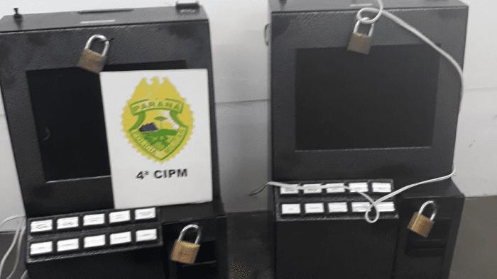 Máquinas caça-níquel apreendidas pelos policiais: Divulgação/PM