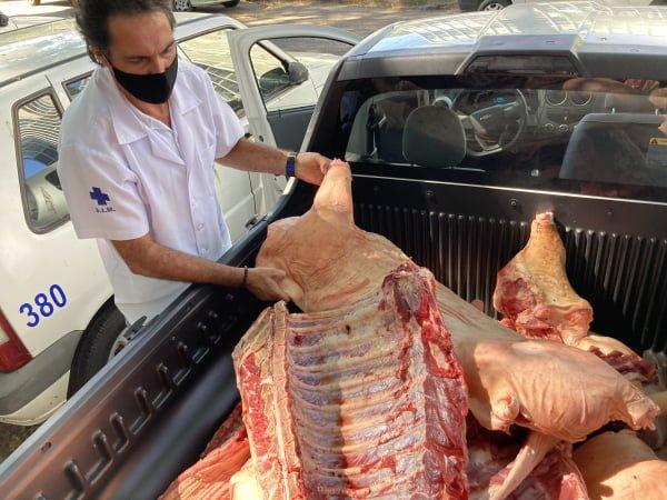 Mais de 370kg de carne suína foram apreendidas em Ponta Grossa/ Foto: Divulgação/Prefeitura de PG