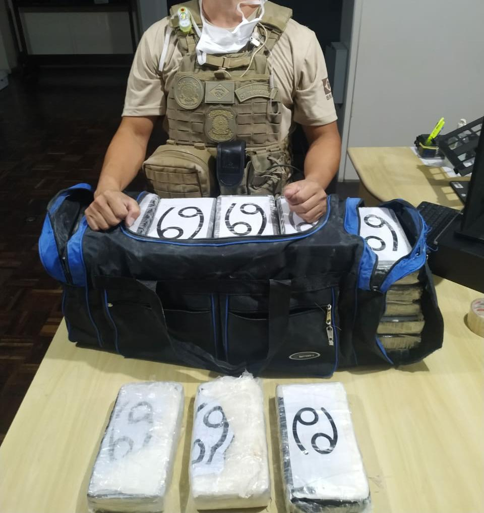 suspeito de tráfico internacional de drogas é preso no porto de paranaguá
