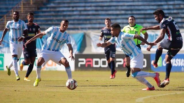 Londrina empatou com o Cianorte nesta segunda-feira (17). Foto: Ricardo Chicarelli/ Londrina LEC