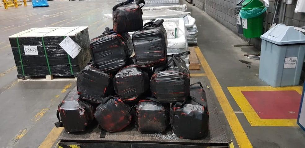 A operação da polícia prendeu quatro suspeitos por tráfico de drogas internacional/ Foto: Divulgação/ PF