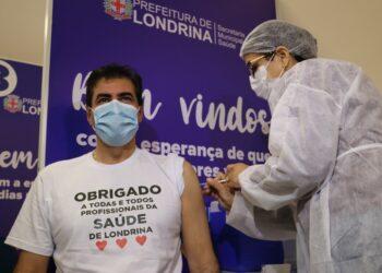 Prefeito foi vacinado pela manhã - Foto: Divulgação / Prefeitura